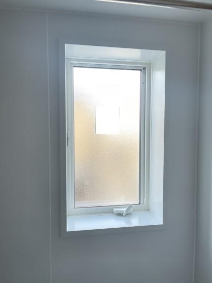 浴室 窓工事 内観 マドリモ 断熱