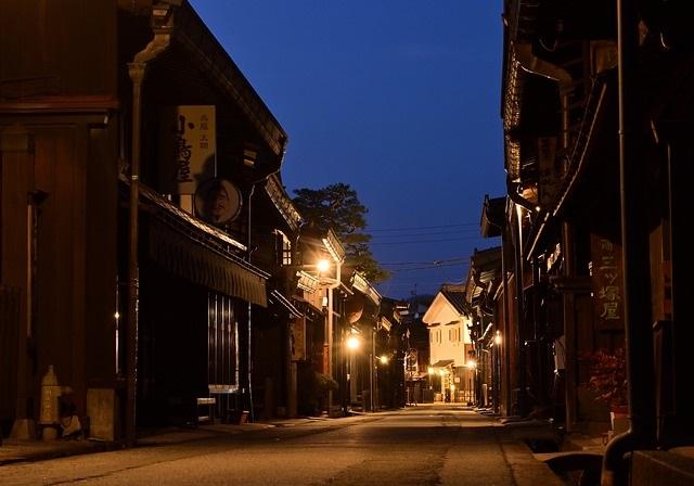 日本の古い街並み